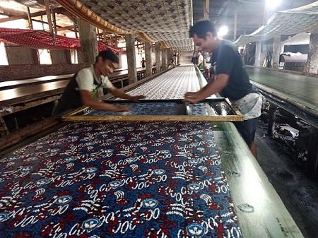 Proses Produksi Kain Batik Printing